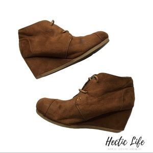Hot Tomato Womens Wedge Heel Brown Lace Booties